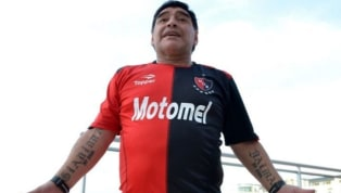 En este caso no hace falta ni aclarar dónde está el corazón de Diego, hincha fanático de Boca y uno de los jugadores más representativos de su historia. Con...