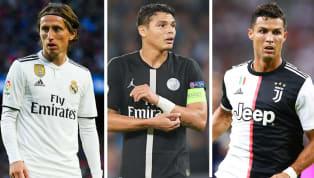 Thế giới bóng đá ngày càng thay đổi, những ngôi sao không còn thi đấu được đỉnh cao khi đã bước sang tuổi thứ 30. Tuy nhiên, vẫn có những trường hợp ngoại...