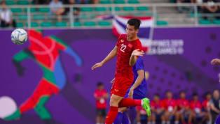 U22 Việt Nam có bàn rút ngắn tỉ số xuống 1-2 sau pha đánh đầu đẹp mắt của Tiến Linh tung lưới U22 Thái Lan. U22 VN dồn lên tấn công ngay sau 2 bàn thua và...