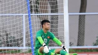 Huấn luyện viên Park Hang-Seo đã đề cập về sai lầm của Văn Toản sau trận hòa kịch tính 2-2 trước U22 Thái Lan. Thủ môn của U22 Việt Nam phá bóng hỏng dẫn đến...