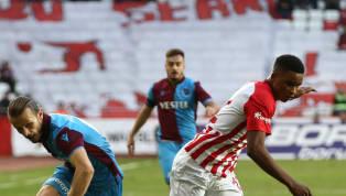 Spor Toto Süper Lig'in 14. hafta randevusundaTrabzonspor, dış sahada karşı karşıya geldiğiAntalyaspor'u3-1 mağlup etti. Bordo-mavili ekip, savunmada...