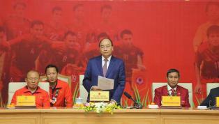 Tuyển U22 Việt Nam và tuyển Nữ Việt Nam đã được Thủ Tướng Nguyễn Xuân Phúc tiếp đón ở văn phòng chính phủ. Hôm nay 11.12, hai đội tuyển vừa giành Huy chương...