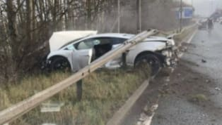 Manchester United goalkeeper Sergio Romero was involved in a car accident on his way to training on Monday morning when his white Lamborghini came off the...