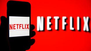 İnternet üzerinden yayın yapan Netflix, sadece kendisinden izlenebilen dizi, film ve belgesel yayınlarına da sahip. Bu diziler arasında futbolla ilgili olan...