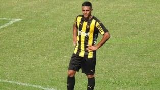 Diego Forlán viajo a Estados Unidos con 26 jugadores para realizar la pretemporada, pero puede volver a Montevideo con uno menos. El carbonero se encuentra...