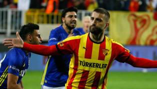 Spor Toto Süper Lig'de 22. haftanın zorlu mücadelesinde İttifak Holding Konyaspor, kendi sahasında Göztepe'ye 3-1 mağlup oldu. Konuk ekibin golleri; 39....