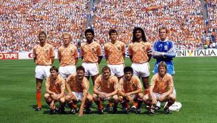 Durant leurs plus belles années, les Pays-Bas ont vu passer plusieurs grandes stars au sein de leur effectif. Finalistes du Mondial en 1974 et 1978 sous...