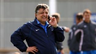 Türk futbolunun renkli isimlerinden Yılmaz Vural, 30 yıllık teknik direktörlük kariyerinde 32 kere takım değiştirdi. Bazı takımlarda 2, bazı takımlarda ise...