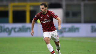Giacomo Bonaventura vừa chính thức gia nhập Fiorentina từ AC Milan. Giacomo Bonnaventura là một trong những trụ cột tại AC Milan, cũng là cầu thủ đã gắn bó...