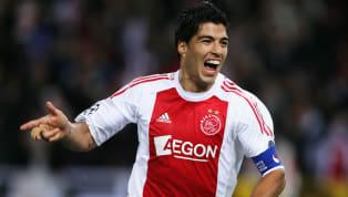 1. Jasper Cillessen El portero holandés jugó 5 temporadas con el Ajax y sería fichado por el FC Barcelona en el 2016. Un portero que milita en el Valencia y...