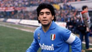 I napoletani hanno un rapporto simbiotico con la maglia della loro squadra del cuore. I colori azzurri hanno sempre fatto breccia nel cuore dei tanti...