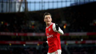 Things haven't gone quite according to plan for Mesut Ozil this year, but the German proved he's still as sharp as ever when he hit back at Piers Morgan on...