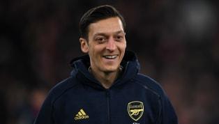 Auf Twitter hat sich Mesut Özil erneut die Zeit genommen, um einige Fragen von seinen Fans zu beantworten. Unter anderem die Themen: Ein mögliches...