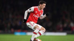 Mesut Ozil vẫn đang được những người tại sân Emirates tin tưởng. Dù từng là cái tên có tiếng nói nhất phòng thay đồ Arsenal, nhưng giờ đây Mesut Ozil thậm chí...