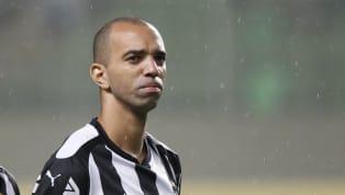 Repatriado pelo Atlético-MG em fevereiro de 2020 para ser o centroavante titular da equipe, Diego Tardelli ainda não teve oportunidade de completar um jogo...