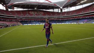 Lionel Messi, vừa gửi bức fax muốn rời khỏi câu lạc bộ Barcelona, và điều đó được rất nhiều người ủng hộ. Tình hình nội bộ Barcelona đang vô cùng rối ren kể...