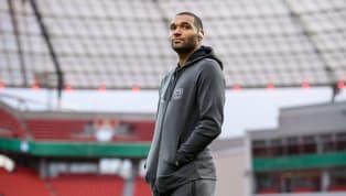 Während Jonathan Tah bei Bayer Leverkusen nach und nach an Kredit und seine Stammspieler-Rolle verliert, ist ein möglicher Abschied immer wieder ein Thema....