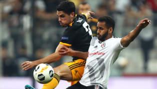 Ortacizgi.com'da yer alan habere göre; Beşiktaş yönetiminin deneyimli sağ kanat oyuncusu Douglas'a ayrılık kararını bildirdiği öğrenildi. ? ÖZEL HABER   ?...