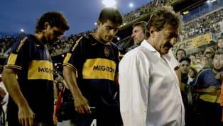 Cinco entrenadores que fracasaron rotundamente en el banco xeneize. 1. Claudio Borghi River Plate v Boca Juniors - IVECO Bicentenario Apertura 2010 Llegó en...
