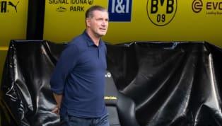 Der Umgang mit der Corona-Pandemie im Profifußball wirft gerade im Hinblick auf die kommende Champions-League-Saison einige Fragen auf. BVB-Sportdirektor...