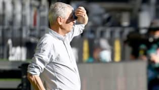 Der Titel ist mal wieder futsch, der BVB bleibt auch 19/20 hinter dem Süd-Rivalen aus München zurück. Trainer Lucien Favre lässt nach der Klassiker-Pleite...