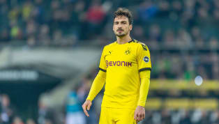 Borussia Dortmund are hopeful that star defender Mats Hummels will recover in time to face title challengers Bayern Munich in midweek, having left the pitch...