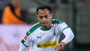 """Nach sieben erfolgreichen Jahren bei Borussia Mönchengladbach wurde der auslaufende Vertrag mit """"Maestro"""" Raffael nicht verlängert. Der 35-jährige Brasilianer..."""