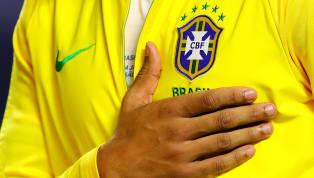 Dünya futbol tarihinin en başarılı ülkesi Brezilya. Her dönem dünya çapında yıldız futbolcu fazlalığı bulunan Sambacılar adına milli takımda forma giymek...