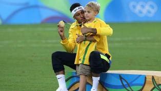 Alors qu'il est toujours en confinement au Brésil avant de revenir au Paris Saint-Germain, Neymar a trouvé comment tuer le temps avec son fils. Depuis le 13...