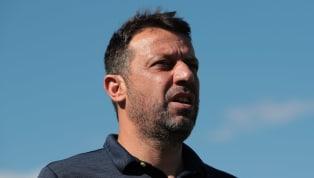 Non si tratta certo del classifico fulmine a ciel sereno, la notizia era nell'aria da qualche ora, ma adesso è ufficiale: Roberto D'Aversa non è più il...