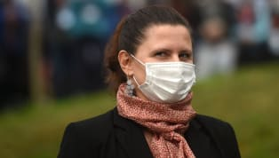 Et si Roxana Maracineanu offrait un cadeau de noël en avance aux supporters de football ? La ministre déléguée aux sports a déclaré jeudi vouloir plaider en...