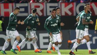 Considerado promissor, mas não pronto para brigar por posição no Palmeiras, Arthur Cabral acabou sendo emprestado ao Basel, negociação que se provou muito...