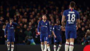 La transición para volver al césped en la Premier League no es todo lo buena que cabría esperar. Jugadores que no quieren entrenar por miedo al contagio,...