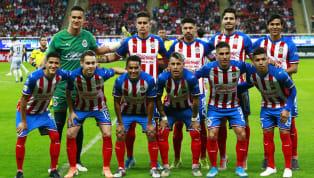 El Club Deportivo Guadalajara anunció que cuentan con un futbolista infectado de coronavirus, después de que se aplicaran los exámenes el lunes y martes...