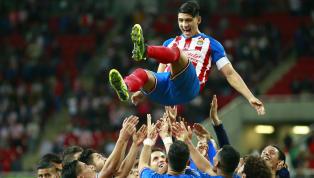 Alan Pulido muestra fidelidad a las Chivas al decidir jugar en Rayados antes que en el América, pues eso significaría una gran traición hacia el rebaño...
