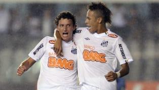 Tras ganarle la final a Peñarol, Santos se quedó con la tercera Copa Libertadores de su historia. 1. Rafael Velez Sarsfield v Santos - Copa Libertadores 2012...