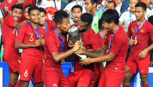 Bakat sepak bola dari Indonesia sedianya cukup banyak. Akan tapi acapkali bakat-bakat itu melempek ketika naik ke level senior setelah berprestasi di level...