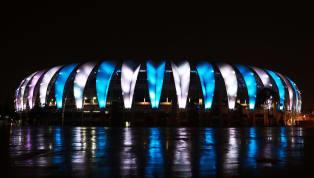 """Não foi a primeira vez que o azul esteve presente nas """"folhas"""" que cobrem o Beira-Rio. Mas foi sim, a primeira vez que o estádio colorado se cobriu apenas de..."""