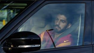 Llegó la hora del adiós. Luis Suárez no es más jugador del Barcelona y seguirá su carrera en el Atlético de Madrid. Hoy se despidió de los hinchas en una...