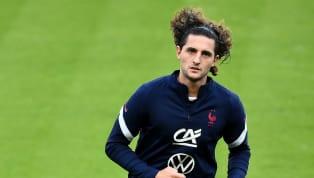 Adrien Rabiot, de retour en Équipe de France pour la deuxième fois après la liste du début du mois de septembre, est finalement forfait pour le premier match...