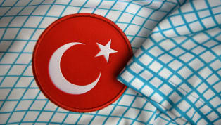 Türk futbolcuların Avrupa'da oldukça fazla forma şansı bulduğu bir dönemdeyiz. Bu zamana kadar Avrupa'da birçok Türk futbolcu forma giydi ve takımları adına...