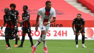 Contre le PSG et aligné sur le même côté que Kylian Mbappé ce dimanche, Youcef Atal a vécu un véritable calvaire avant de céder sous les coups de l'attaquant...