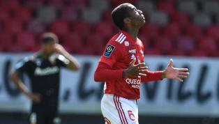 Que susto! O meia Jean Lucas sofreu um acidente de carro na tarde desta quarta-feira, na França. O jogador, que pertence ao Lyon e está emprestado ao Brest,...