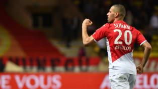 C'est officiel. Moussa Dembélé quitte l'Olympique Lyonnais alors qu'Islam Slimani arrive chez les Gones pour le remplacer. L'attaquant français était devenu...