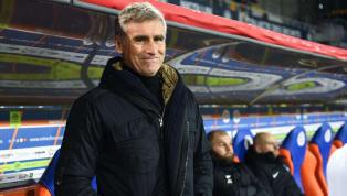 """Dans une Ligue 1 qui se distingue plus par son aspect physique que par la technique, certains """"petits coachs"""", à la tête de clubs modestes, tentent de s'en..."""