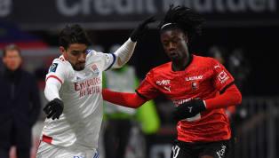 Menés 2-0, les Lyonnais ont arraché le match nul dans le dernier quart d'heure de la rencontre et sauvent de justesse leur place de leader et le titre de...