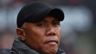 L'ex-entraîneur de Toulouse appelle à un mouvement contestataire suite à la décision de la Ligue de football professionnel de mettre un terme au Championnat....