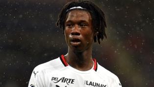 Câu lạc bộ Man United đã nhảy vào cuộc đua với Real Madrid để có được chữ ký của chân sút Eduardo Camavinga từ câu lạc bộ Rennes. Cầu thủ Camavinga đang thi...