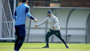 Mécontent du travail réalisé par ses joueurs à l'entraînement vendredi, le coach de l'OM, Jorge Sampaoli, a stoppé la séance et élevé la voix. Un premier coup...