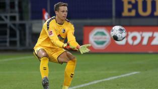 Der SC Freiburg rüstet sich offenbar für einen Abgang von Stammkeeper Alexander Schwolow. Vom Karlsruher SC soll Benjamin Uphoff kurz vor einem Wechsel in den...